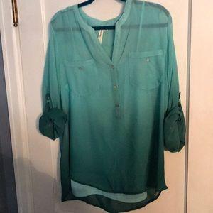 XL Como Vintage blouse. NWT Adorable ombre